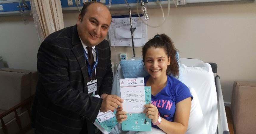 Ameliyat olan çocuklara 'Cesur Çocuk Sertifikası'