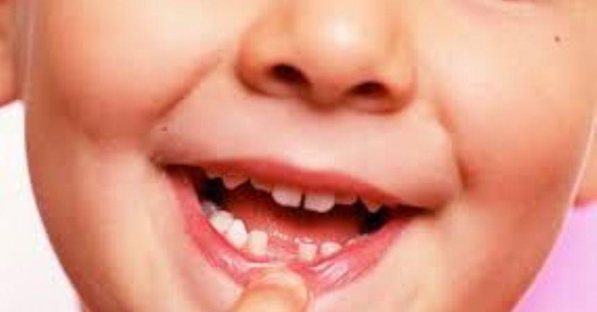 Süt dişleri gelecek için önemli