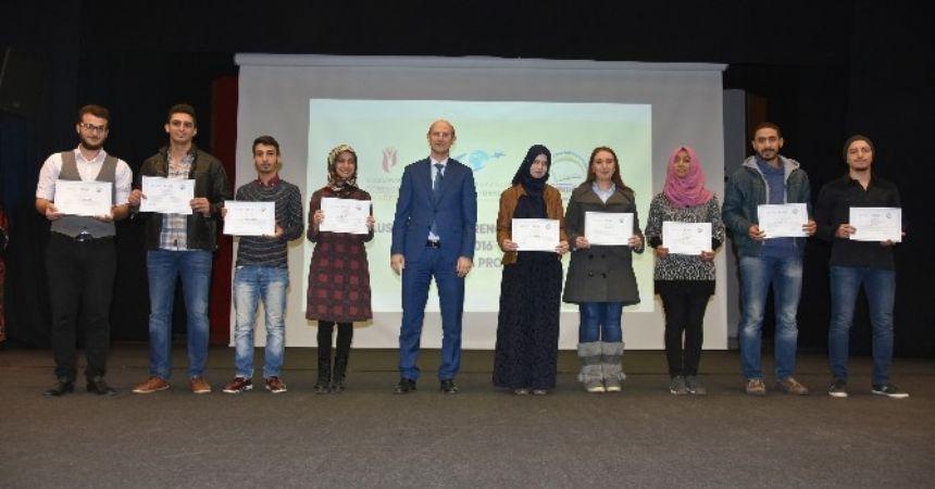 Uluslararası Öğrenciler Akademisi sertifika töreni