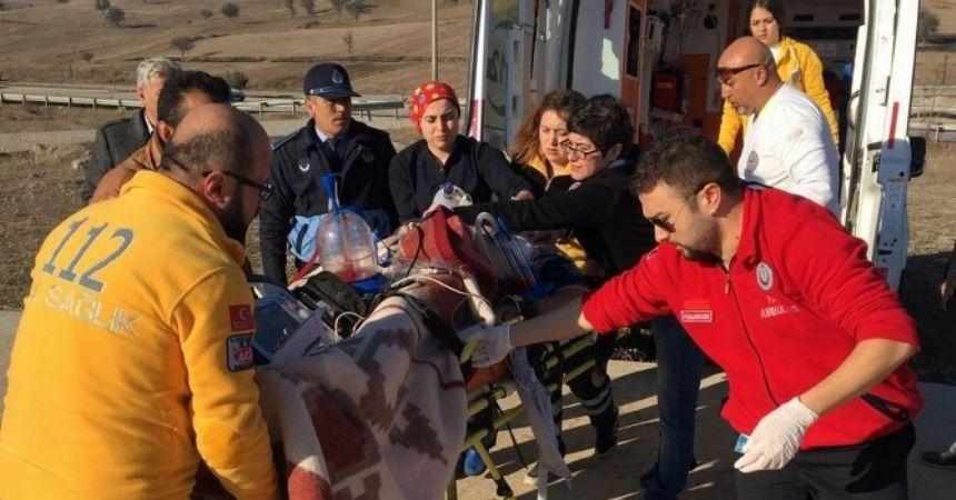 Samsun'da itfaiye aracı devrildi: 3 yaralı