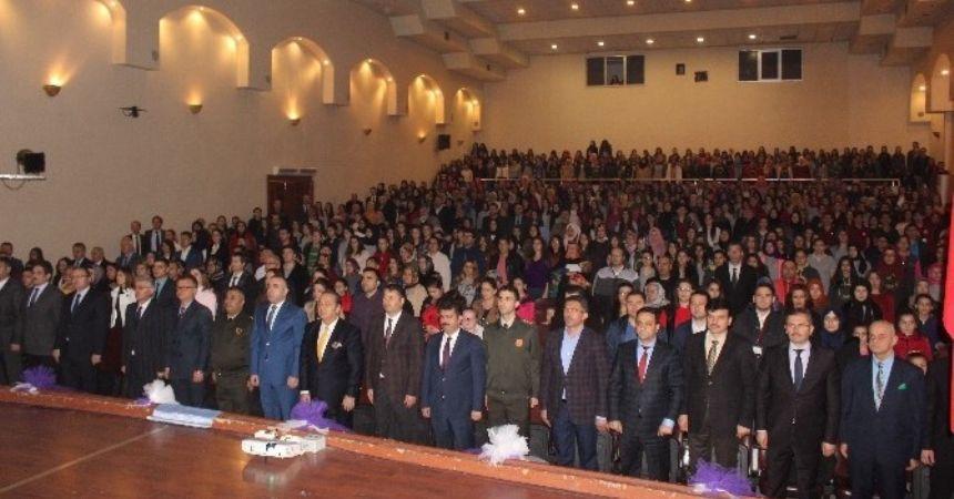 Çarşamba'da Öğretmenler Günü kutlaması
