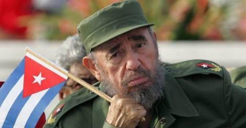 Fidel Castro yaşamını yitirdi