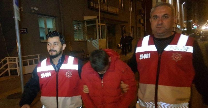 Sokak ortasında silahlı dehşet: 2 yaralı