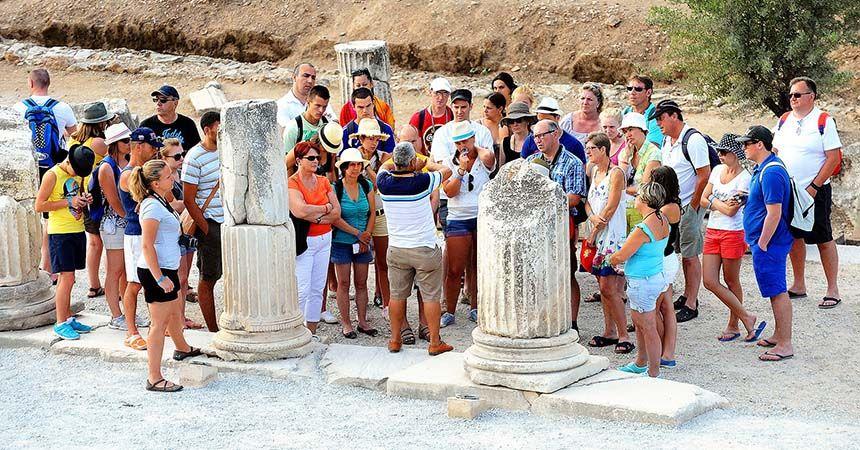 Türkiye'ye gelen ziyaretçi sayısı yüzde 27 azaldı