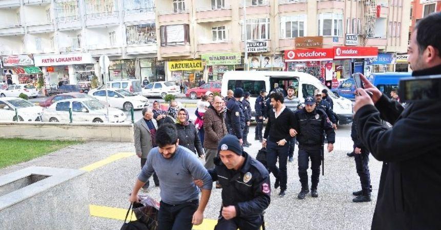FETÖ operasyonu 10 tutuklama