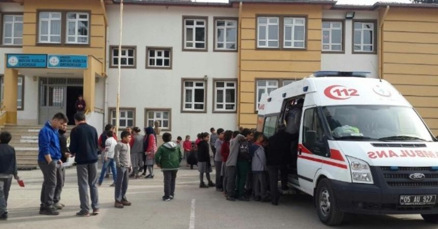 Okullarda ambulanslı ders