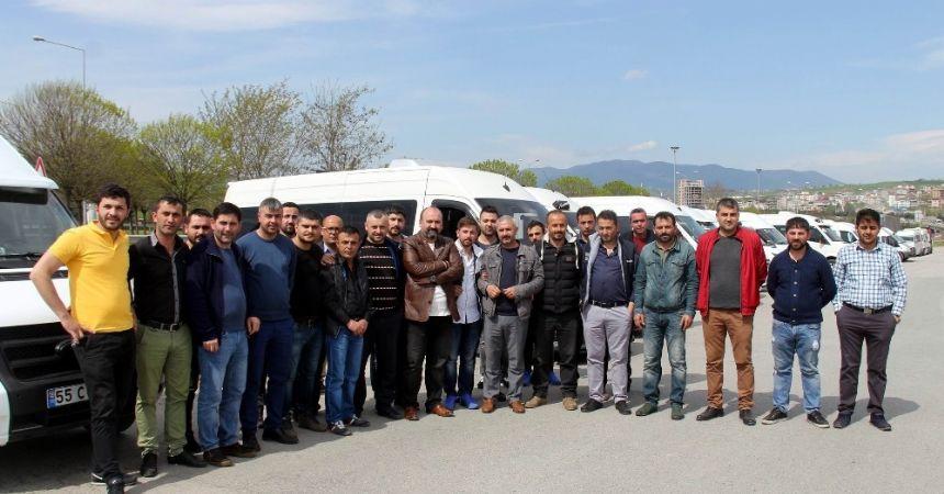 Servisçilerden 'korsan' eylemi