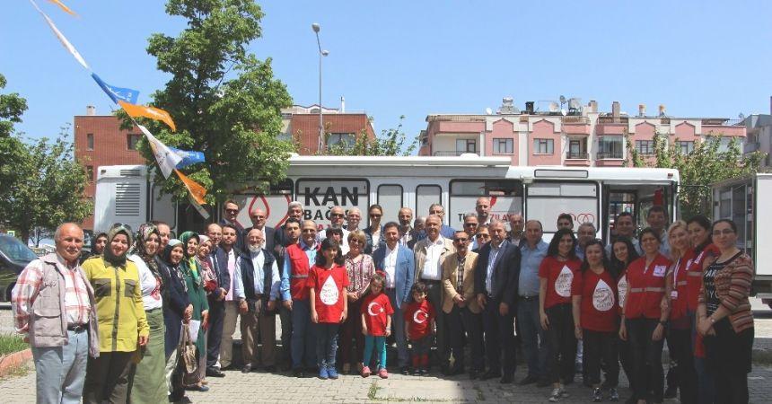 Atakum AK Parti'den Kızılay'a kan desteği