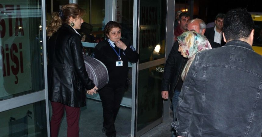 Aranan kadın doğumda yakalandı