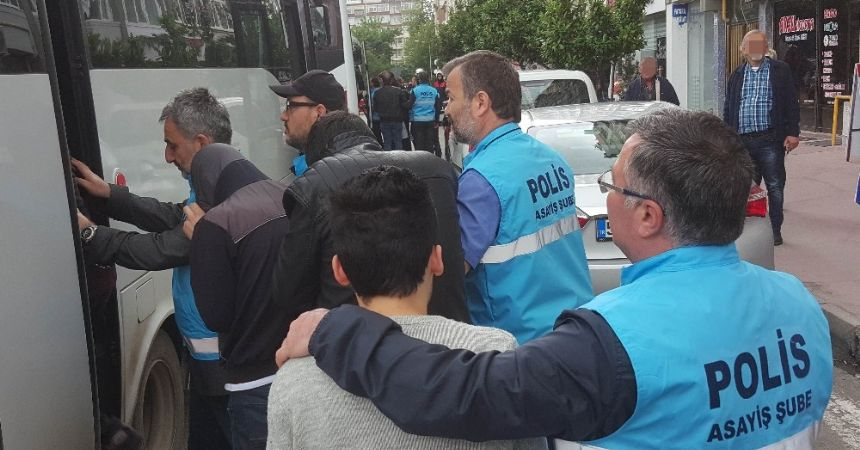 Fuhuşa 18 tutuklama