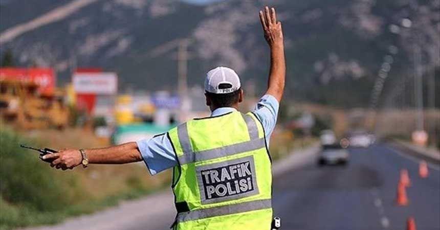 Emniyet'ten sürücülere bayram uyarısı