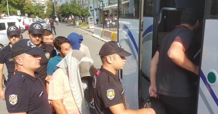 ByLock'tan 4 kişi daha tutuklandı