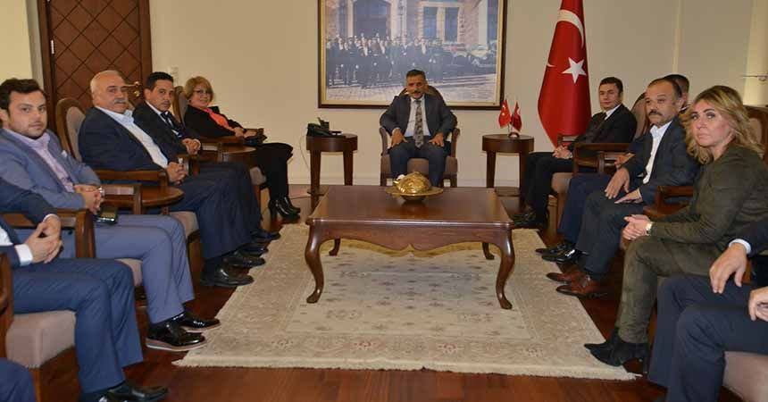 AK Parti Atakum'dan Vali Kaymak'a ziyaret