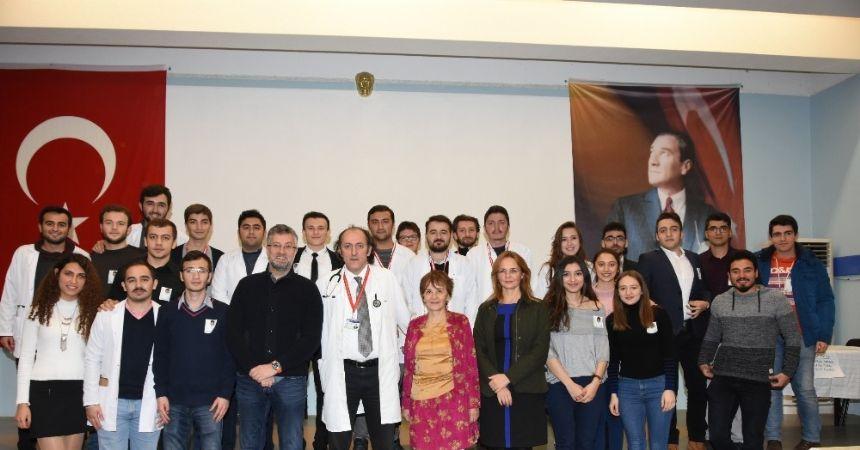 Dr. Dağdemir'i tıp öğrencileri yine unutmadı