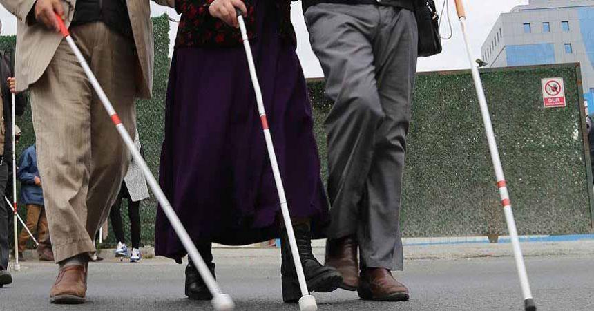 Türkiye'de 220 bin görme engelli var