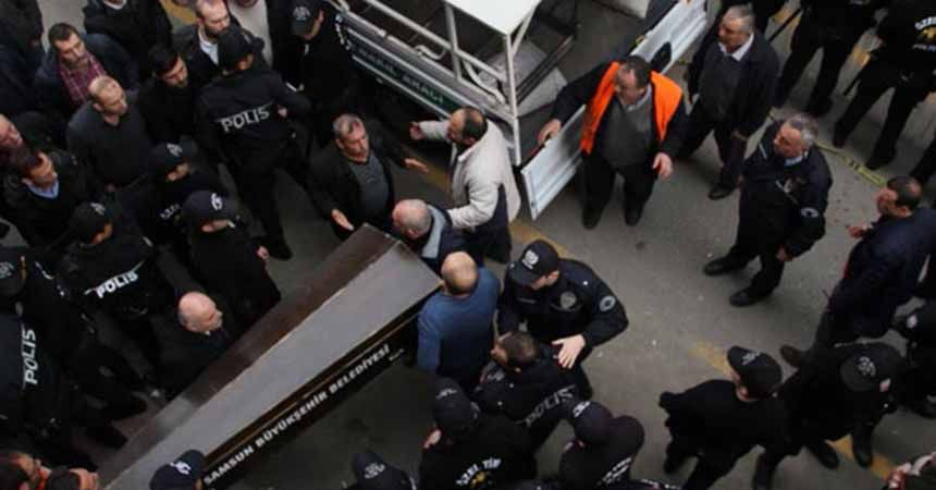 Yük asansörü düştü: 2 ölü