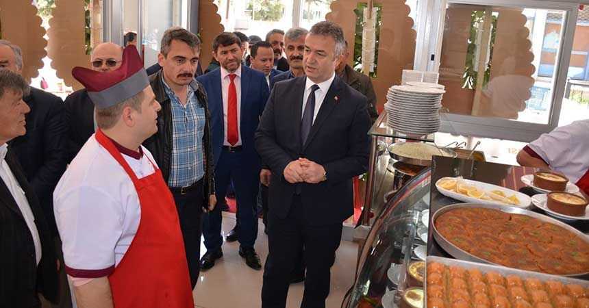 Başkan Topaloğlu'ndan esnaf ziyareti