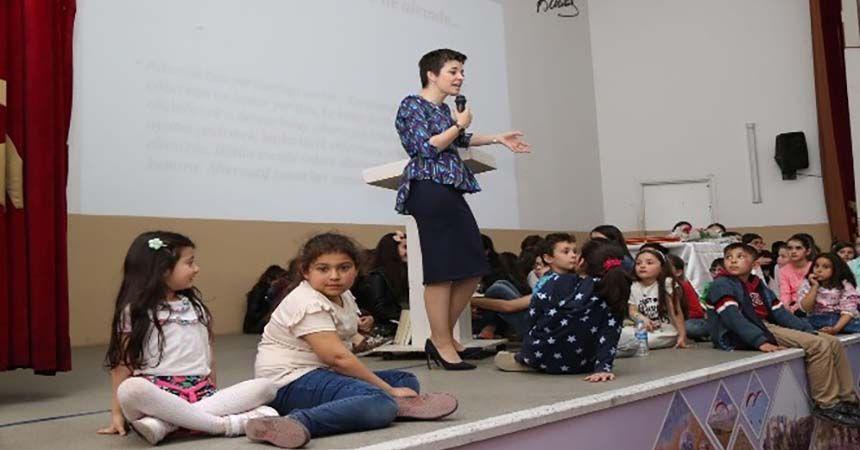 Oyuncu Anne'ye Bafra'da büyük ilgi