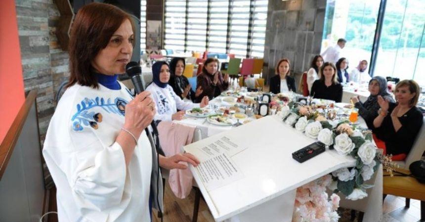 Büyükşehir'den Anneler Günü etkinliği