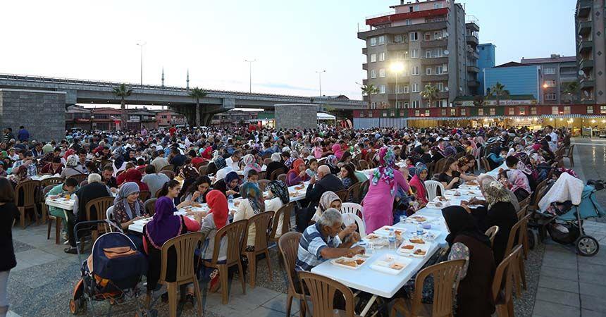 Binler iftar sofrasında buluştu