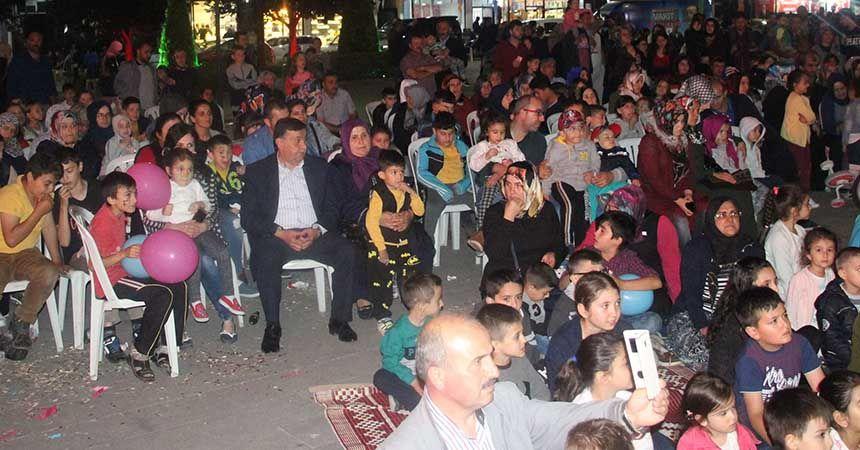 Havzalı çocuklar 'Hacivat-Karagöz' izledi