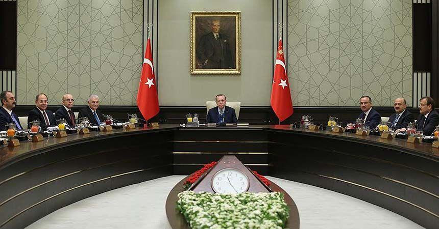 Erdoğan'ın yeni kabinesi merakla bekleniyor