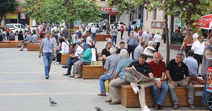 Atatürk Meydanı Giresunluların gözdesi