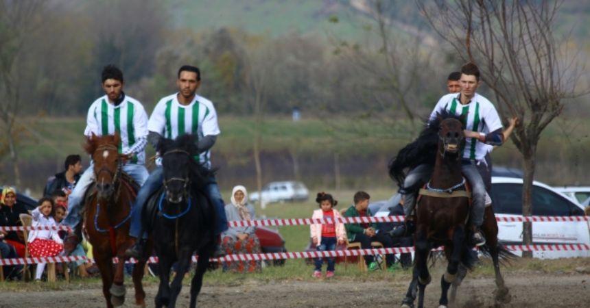 Çarşamba'da rahvan yarışları