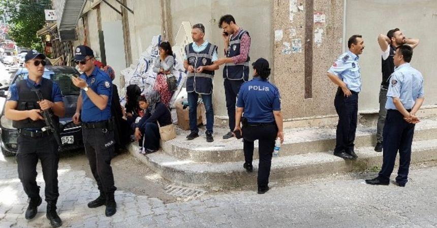 Polisten göçmen operasyonu