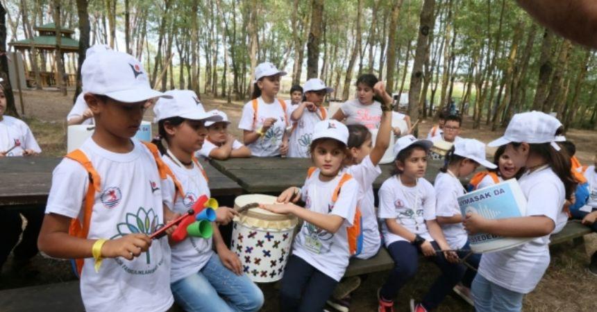 Sığınmacı öğrencilere doğada eğitim