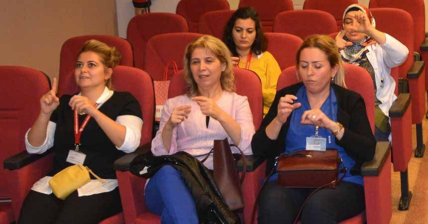 Kamu hastanelerinde işaret dili dönemi