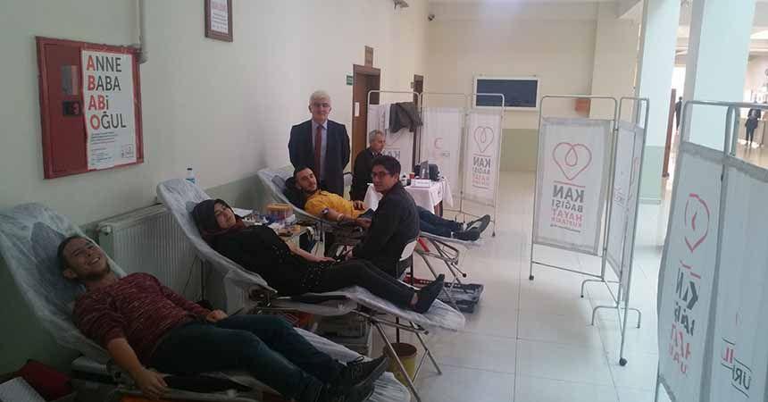Çarşamba Ticaret Borsası MYO'dan kan bağışı