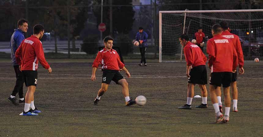 U19 ve U17 takımları Erzincanspor'a bileniyor