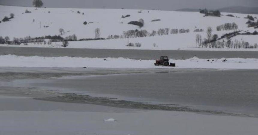 Ladik gölü beyaza büründü