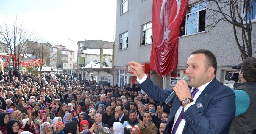 AK Parti'den istifalar peşpeşe geldi