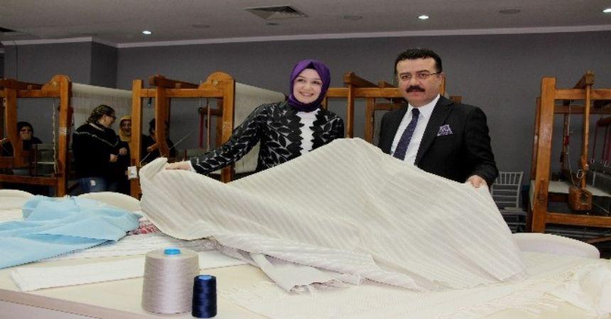Erdoğan'a gömlek bu tezgahta dokundu