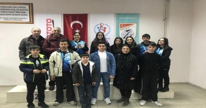 Minik Damla'dan Türkiye rekoru