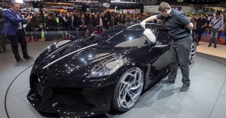 Dünyanın en pahalı aracı 16.5 milyon euro'ya satıldı