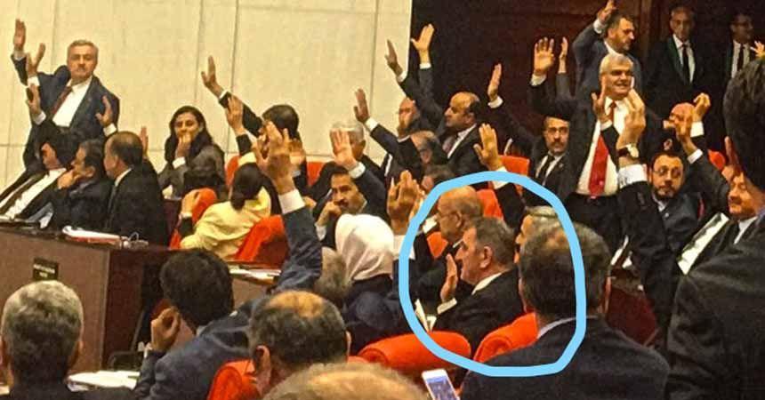 CHP'den Köktaş'a fotoğraflı gönderme