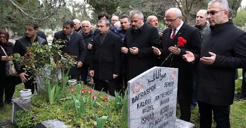 Gezer ve Kurt mezarları başında anıldı