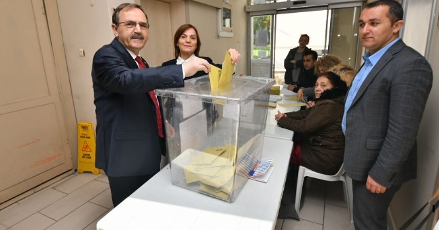 'Demokrasi kazanacak'