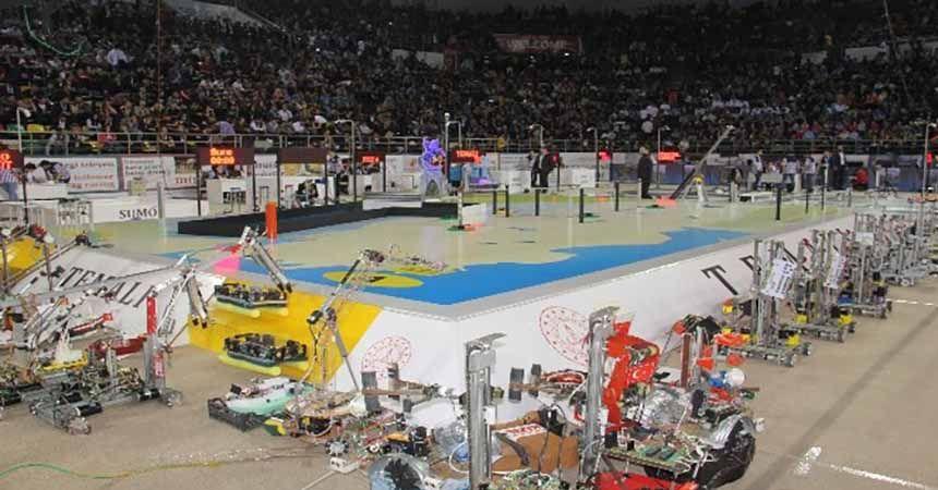 Robot yarışması başladı