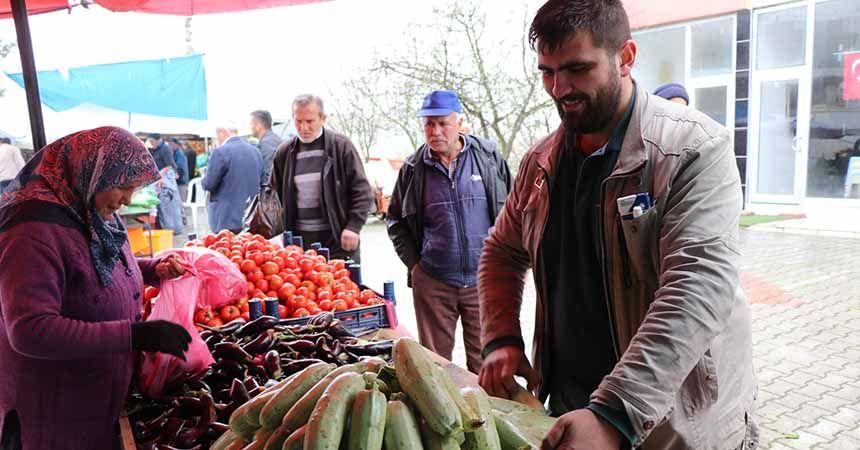 Halk pazarına başkan ayarı