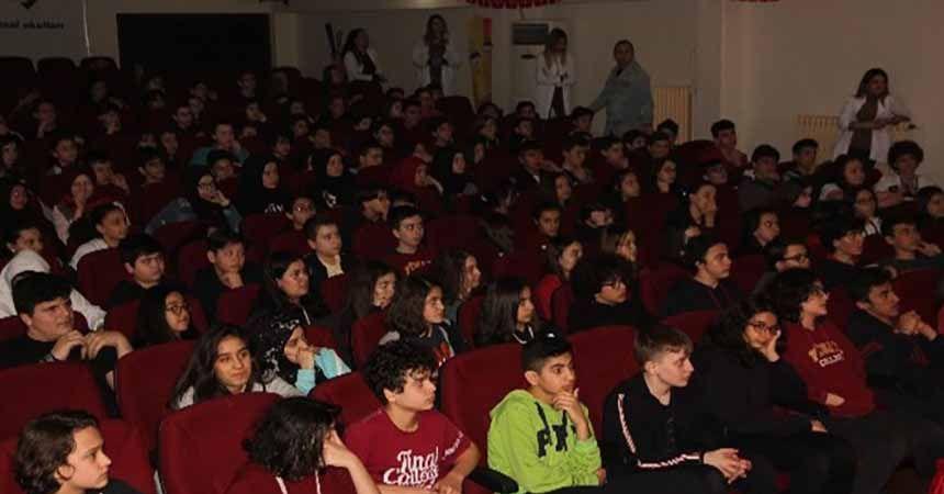 Öğrencilere sınav kaygısı semineri