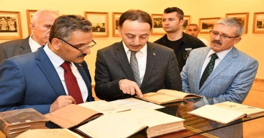 Atatürk'ün kitapları Samsun'da