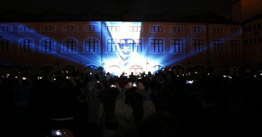 Bulvar AVM'den ışık gösterisi