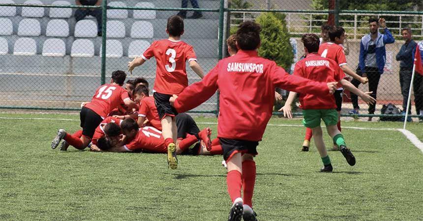 Samsunspor U14 gruplarda şampiyon