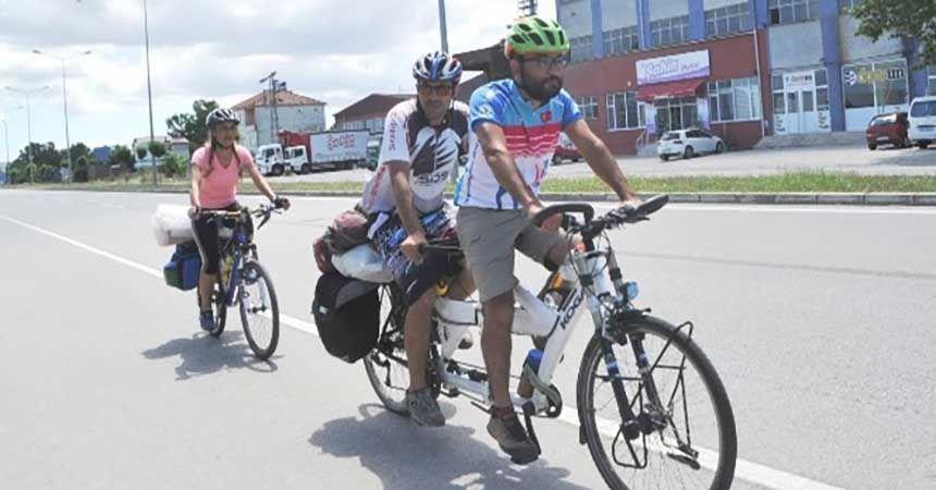 437 kilometre pedal çevirecekler