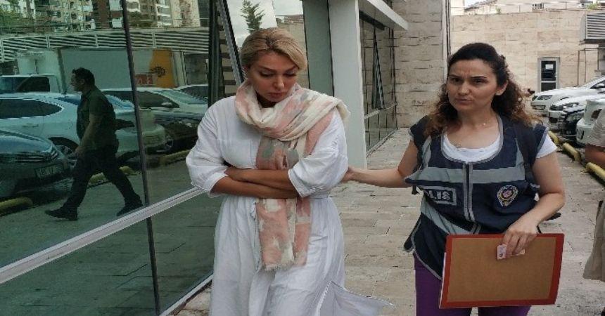 İranlı kadına gözaltı