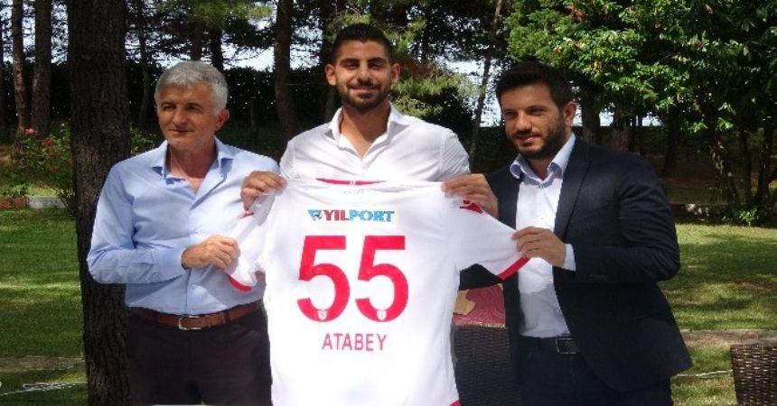 Samsunspor, Başakşehir'den Atabey Çiçek'i kiraladı